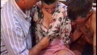 Une mature se fait baiser par son prof particulier